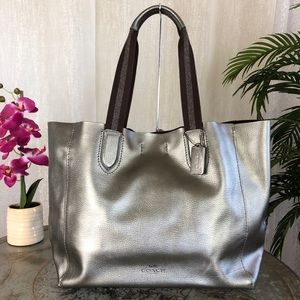 COACH PEBBLE LEATHER LARGE DERBY TOTE F59388